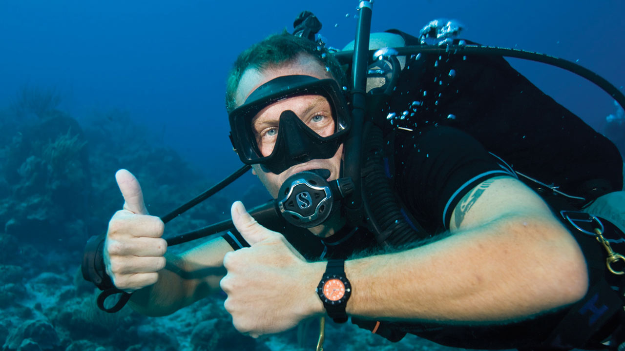Join The Tribe DIVEMASTER training in Bali