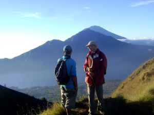 Mount Batur Trek Tour with Diving Indo