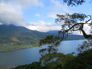 Lake Butan North Bali tour with Diving Indo