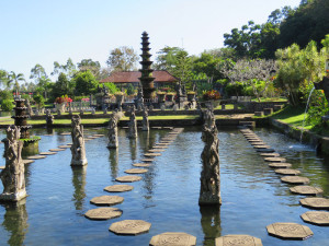 Water Palace East Bali Tour with Diving Indo