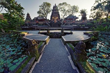 Bali Culture Saraswati