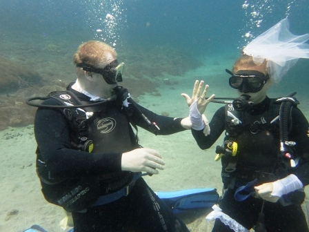 Underwater wedding - Getting Married while scuba diving Bali