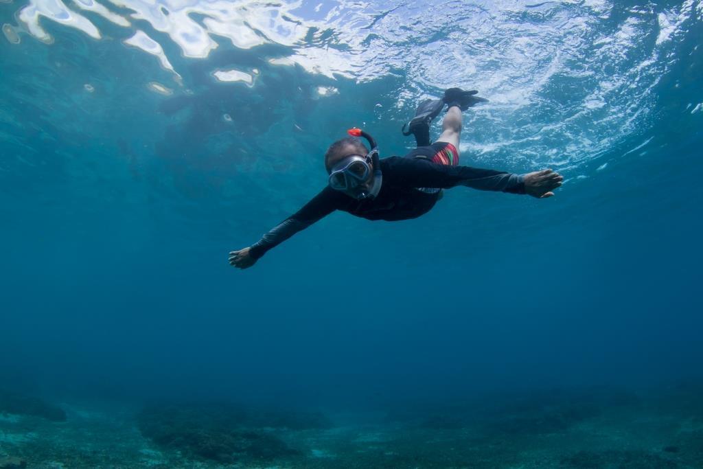Snorkeling with mantas - Bali snorkel trips