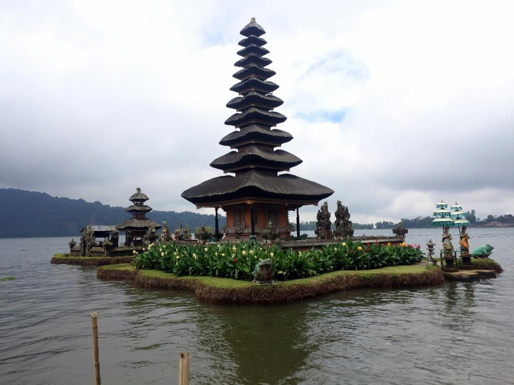 lake temple north bali tour