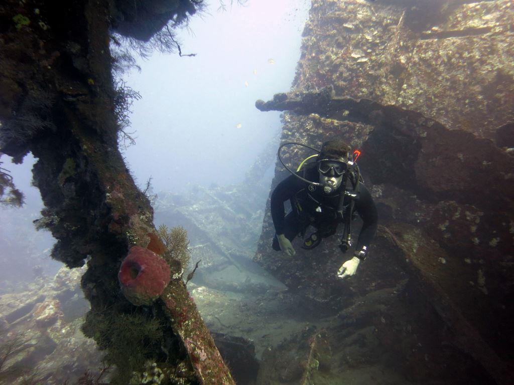 PADI Wreck diving