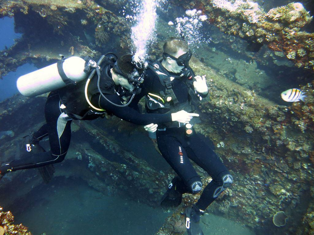 Wreck diving USAT Liberty