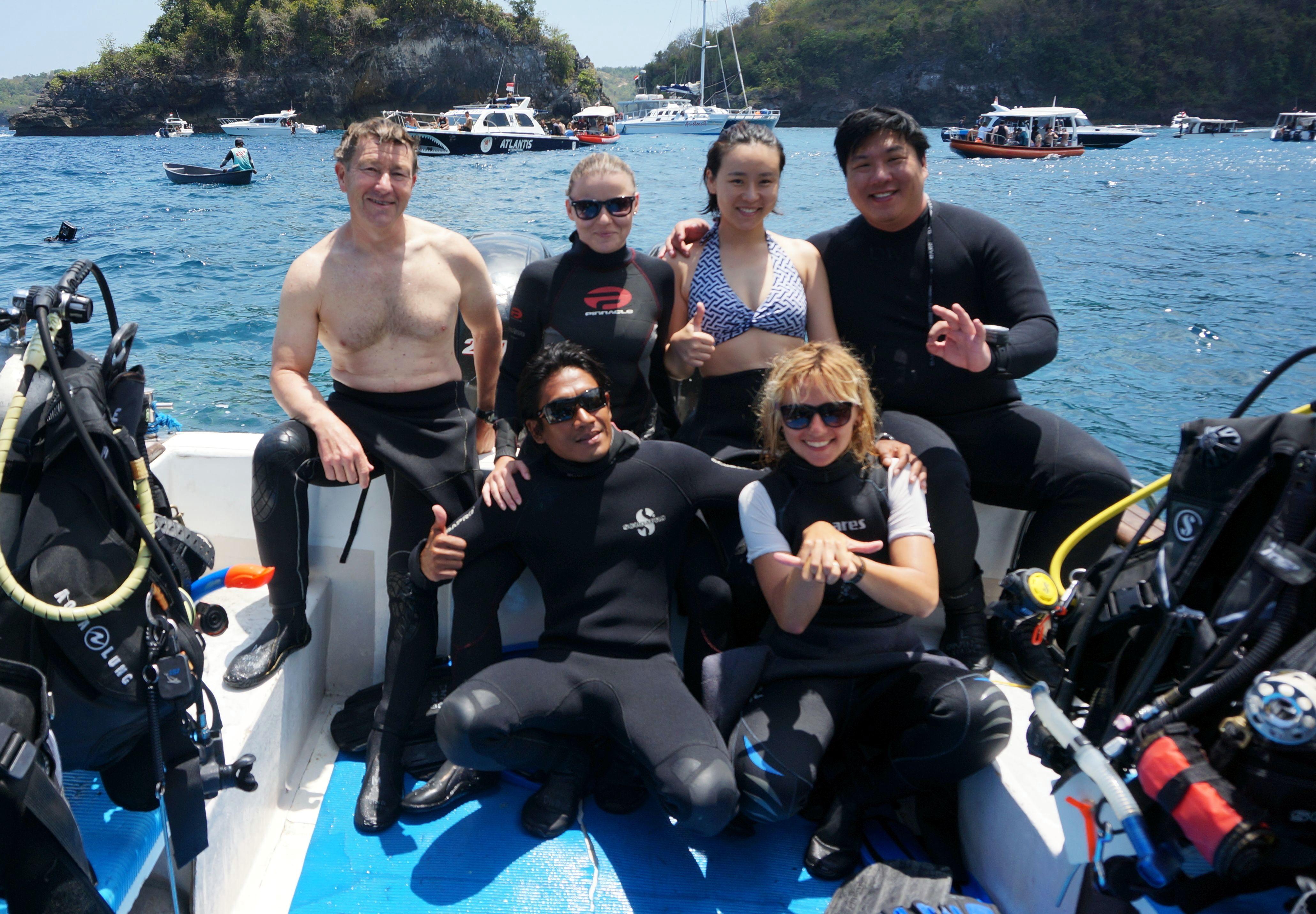 Team teaching boat