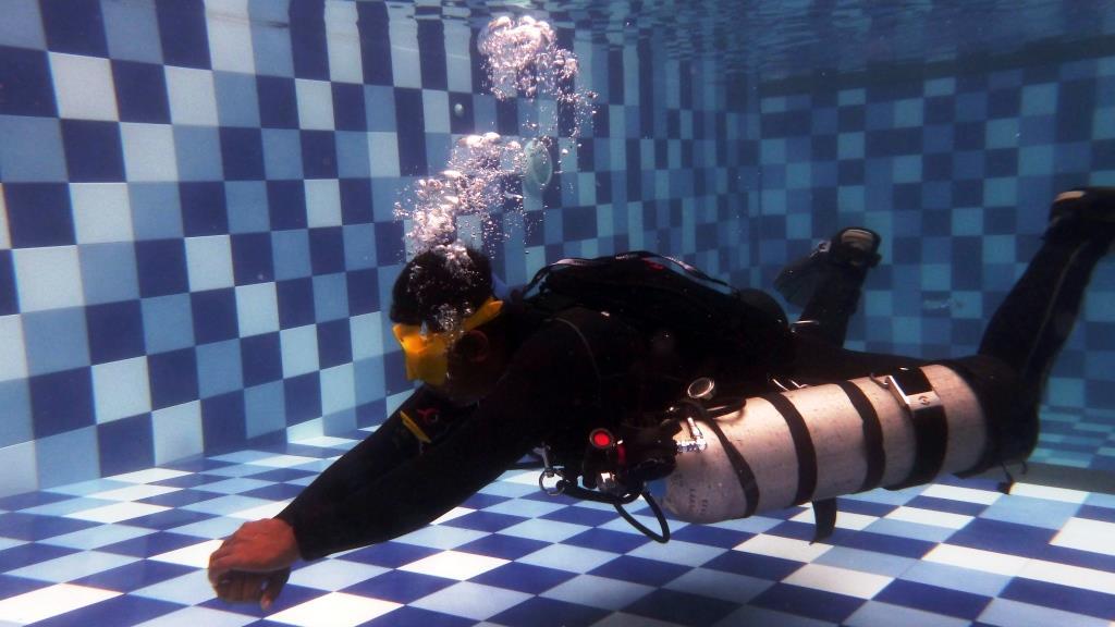 budi sidemount diving