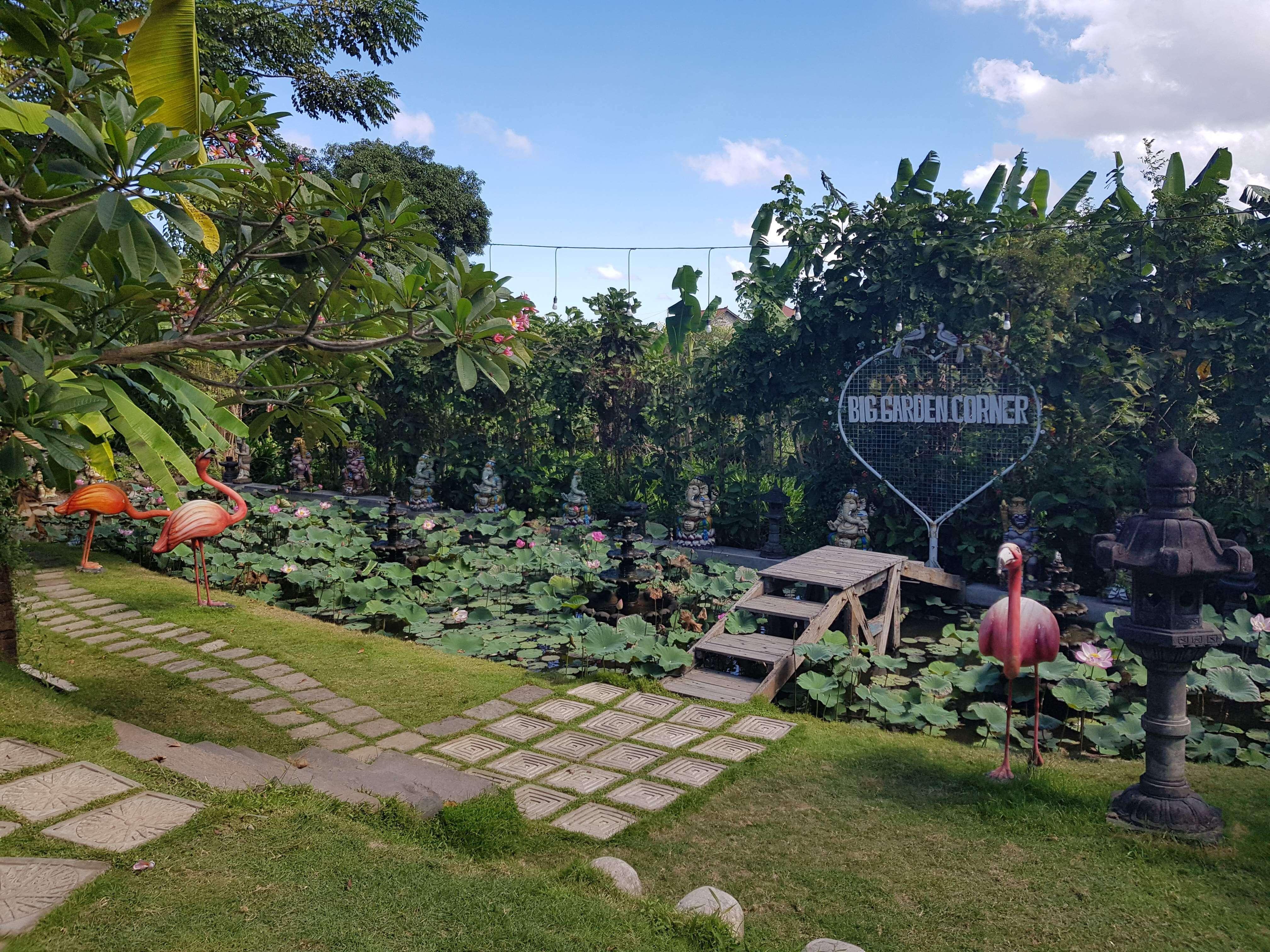 garden bali big corner garden