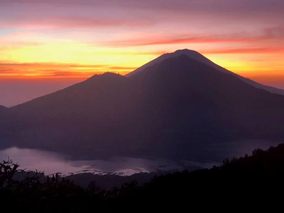 Mt Batur Bali climb a volcano first light